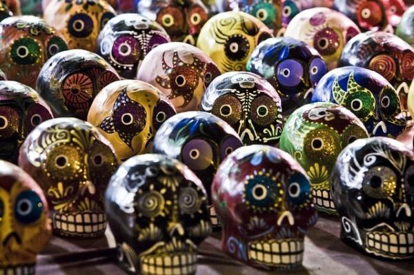 sugar-skulls-254715_640
