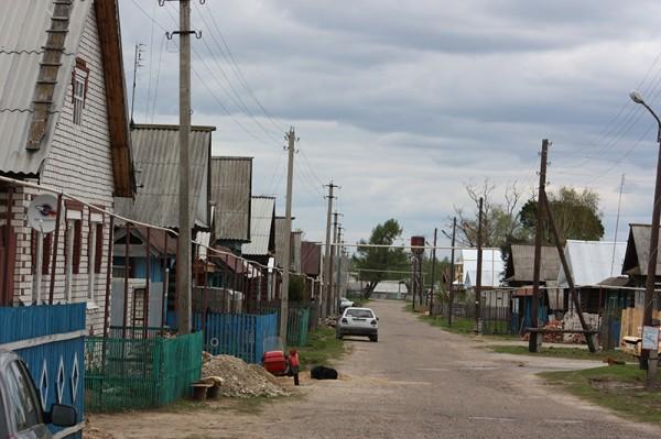 Kirjoittaja hankki kansainvälisiä kokemuksia tämän marilaiskylän raitilla keväällä 2012.