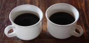 Pienet kahvikupit ja kiusallinen odotus